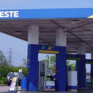 Shell przejmuje polskie stacje Neste